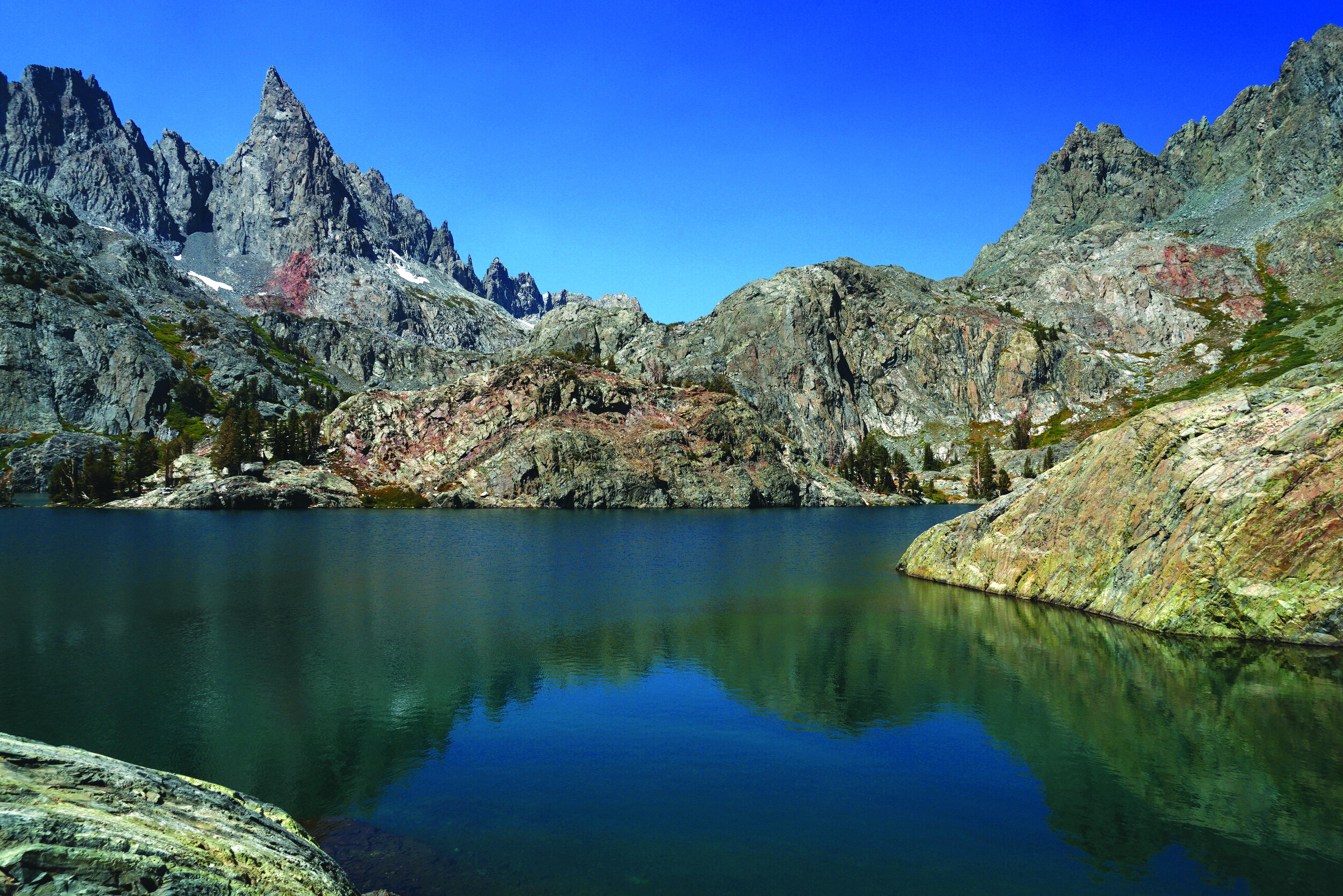 장인경_Minaret lake.jpg